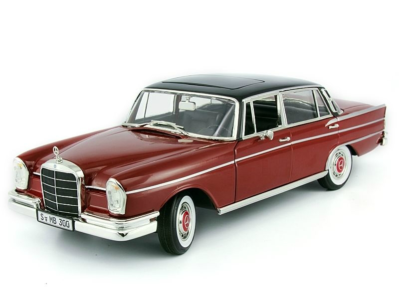 1 18 mercedes benz 300 se w111 heckflosse 1961 for Mercedes benz 400 se