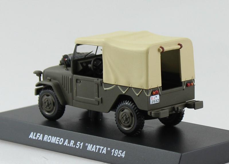 Atlas 1:43 Aro 240 Jeep militärgrün