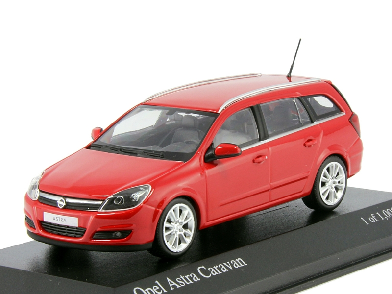 1:43 Minichamps Opel Astra 2012 red